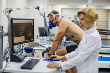 Спортивный врач-травмотолог